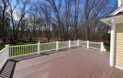 What to Know When Hiring a Deck Contractor?